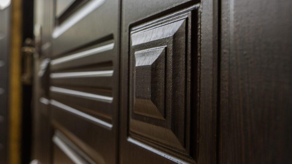 Входные двери в Челябинске